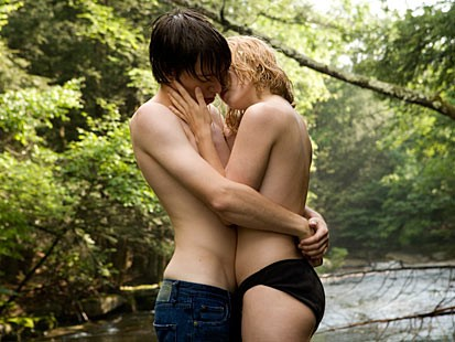 Online Date From Teen dating Sites